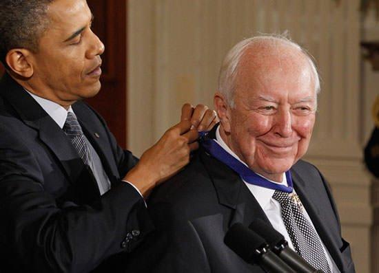 ジャスパー・ジョンズが大統領の自由勲章を受賞