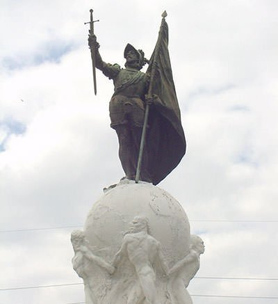 Vasco Nunez de Balboa statue