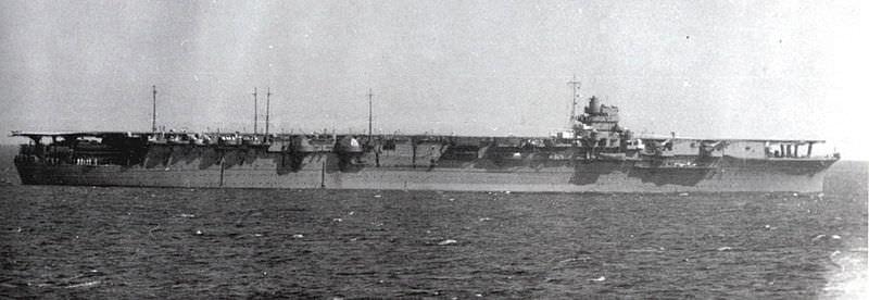 Japanese aircraft carrier Zuikaku in 1941