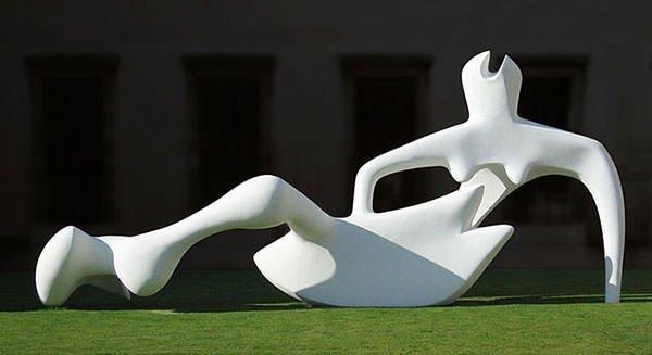 Large Reclining Figure (1984)