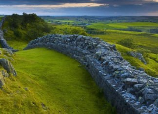 Hadrians Wall Facts Featured