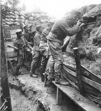 German soldiers in a WW1 trench